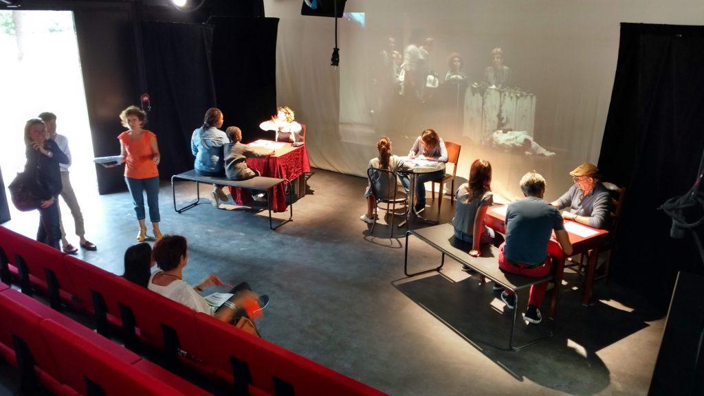 Soirée d'inscriptions au groupe de théâtre amateur du Théâtre Alizé.